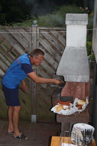 Kuffi grillt